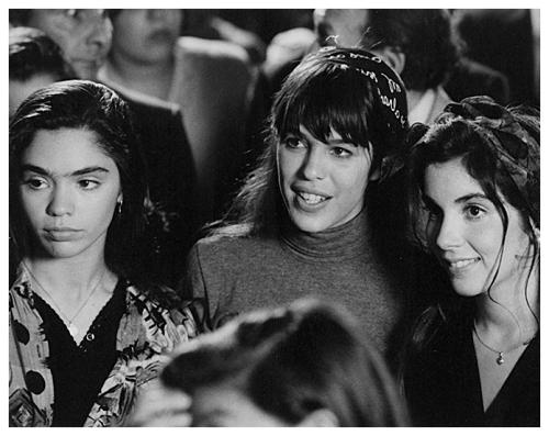 """""""El caso María Soledad"""" de Hector Olivera (1993). Belén Blanco, Valentina Bassi y Carolina Fal."""